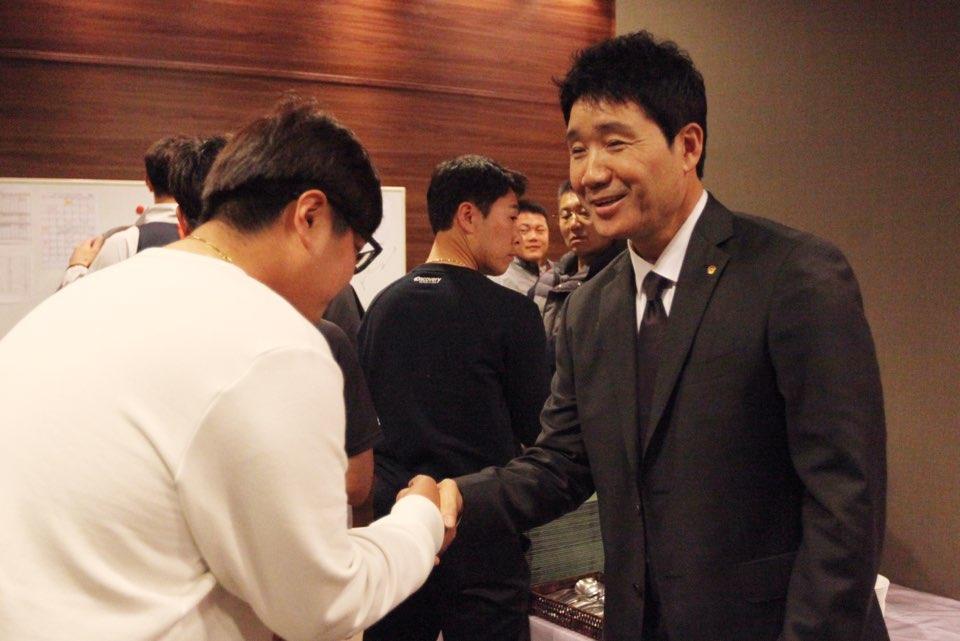 한용덕 감독 선수단 상견례